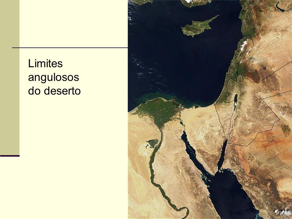 Limites angulosos do deserto