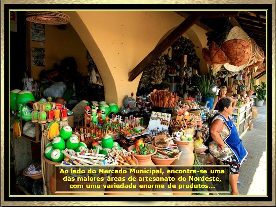 IMG_8595 - ARACAJU - MERCADO DE ARTESANATO-690