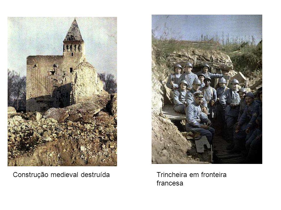 Trincheira em fronteira francesa