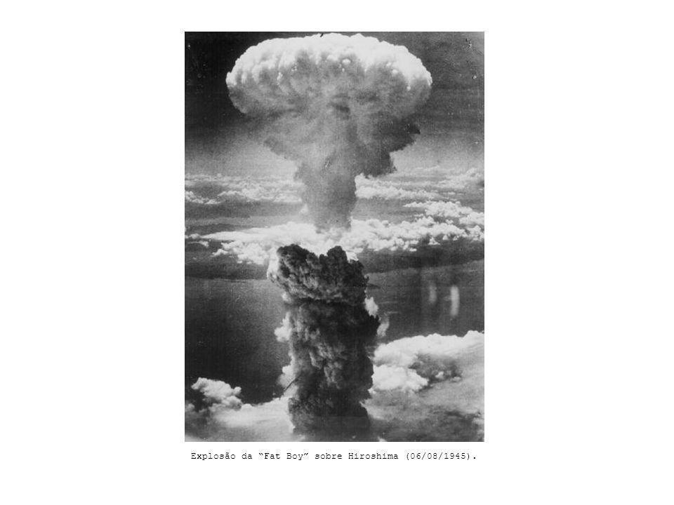 Explosão da Fat Boy sobre Hiroshima (06/08/1945).