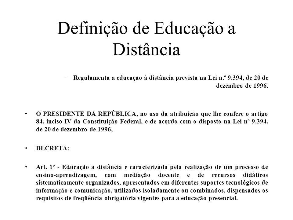 Definição de Educação a Distância