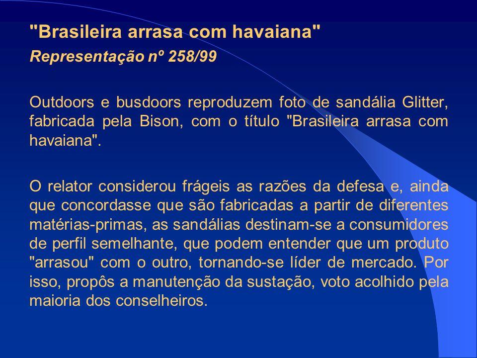 Brasileira arrasa com havaiana