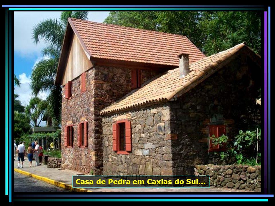 Casa de Pedra em Caxias do Sul...