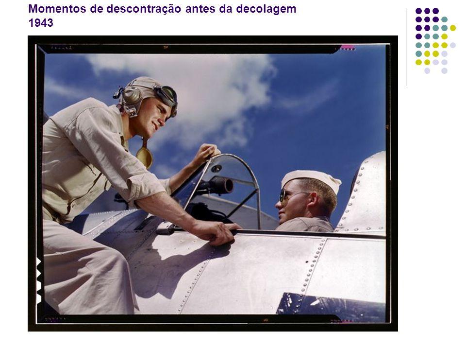Momentos de descontração antes da decolagem 1943