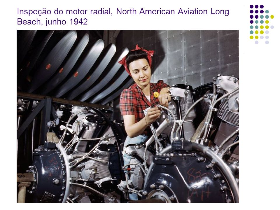 Inspeção do motor radial, North American Aviation Long Beach, junho 1942