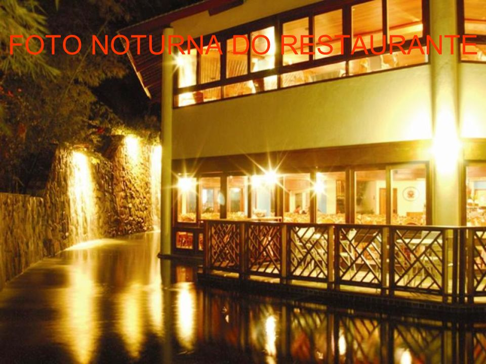 FOTO NOTURNA DO RESTAURANTE