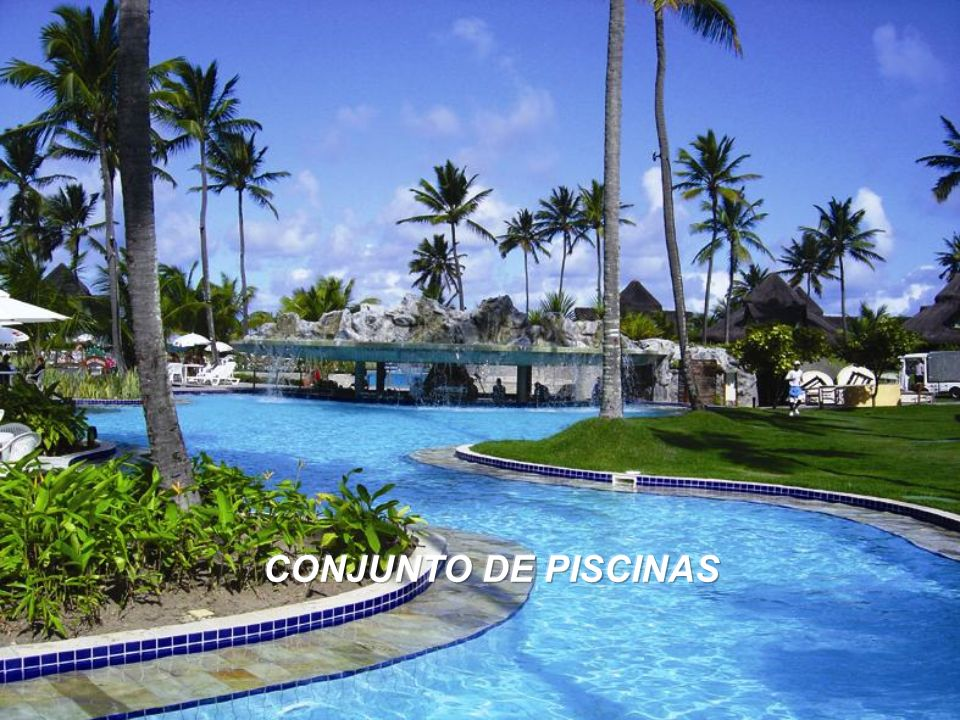 CONJUNTO DE PISCINAS