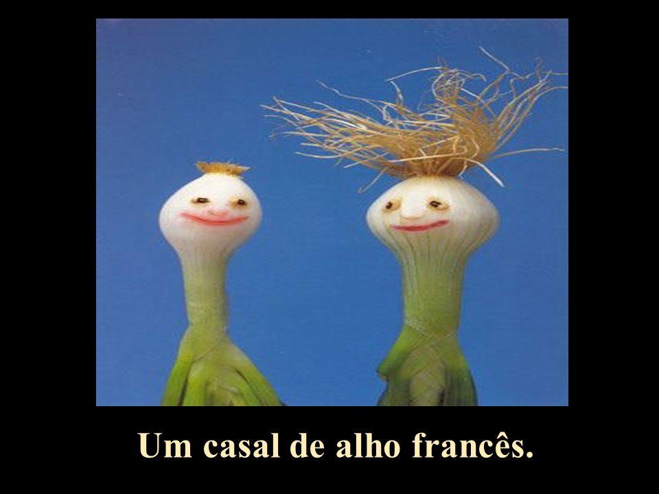 Um casal de alho francês.