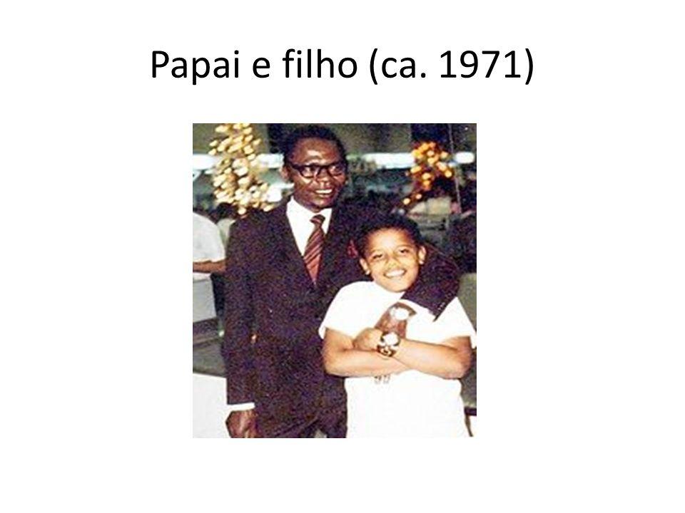 Papai e filho (ca. 1971)