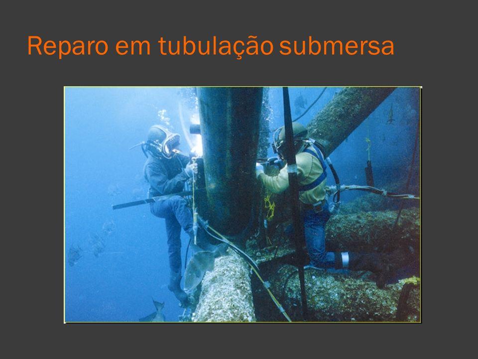 Reparo em tubulação submersa