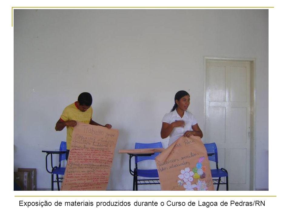 Exposição de materiais produzidos durante o Curso de Lagoa de Pedras/RN