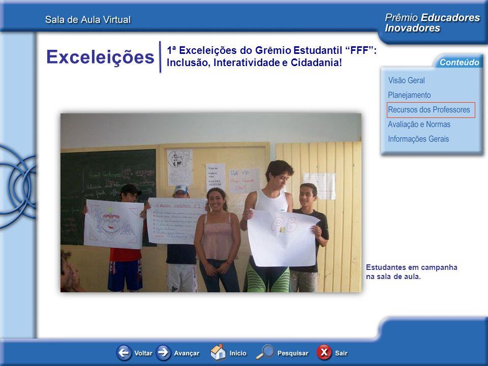 Estudantes em campanha na sala de aula.