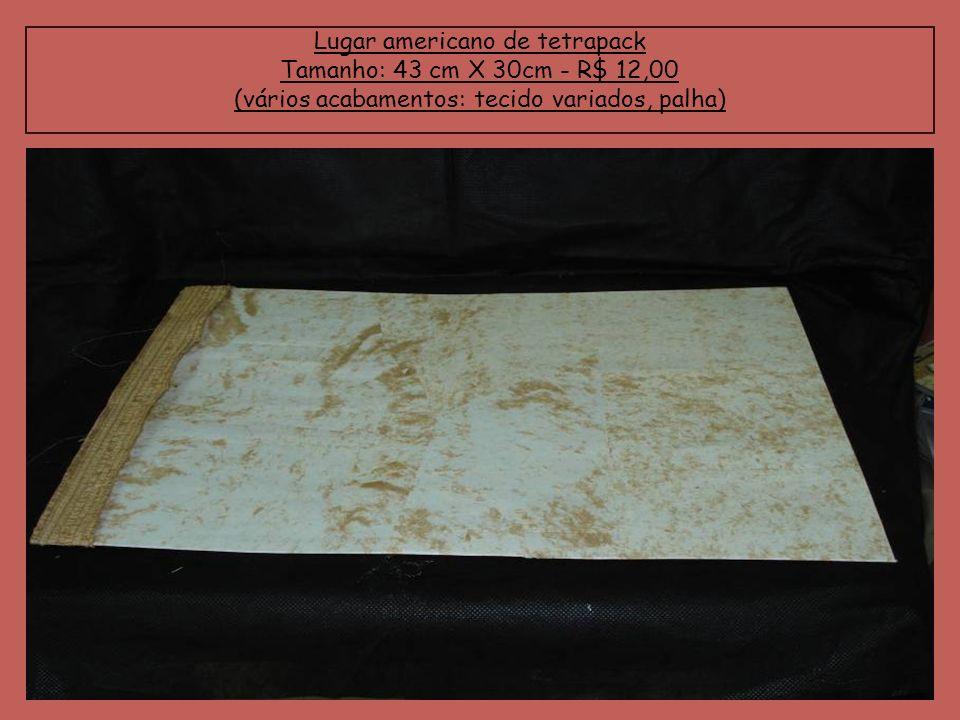 Lugar americano de tetrapack Tamanho: 43 cm X 30cm - R$ 12,00