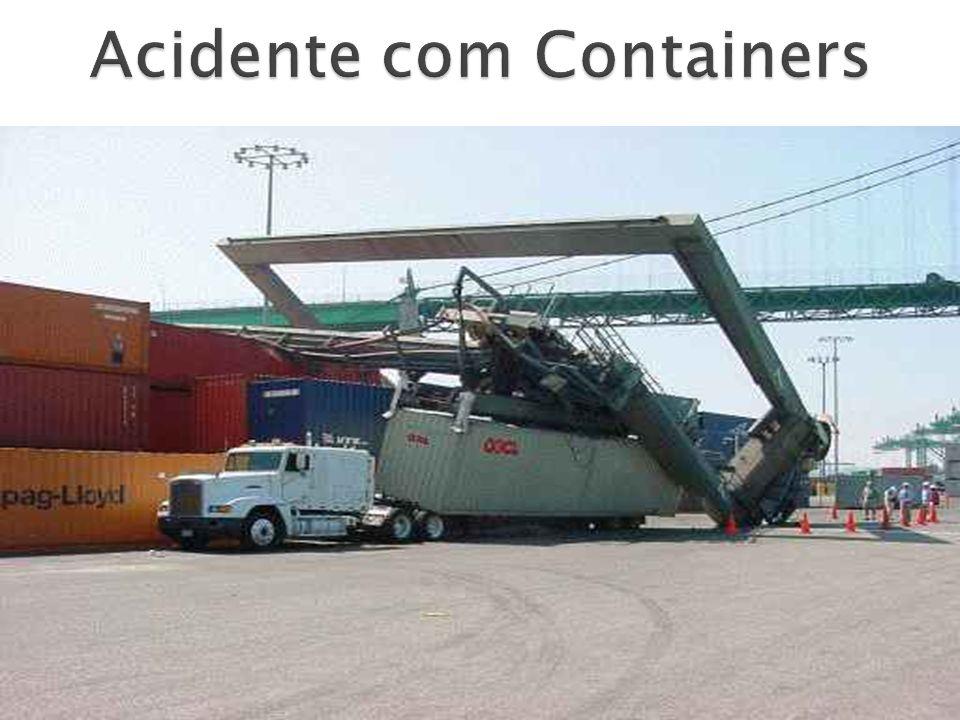 Acidente com Containers