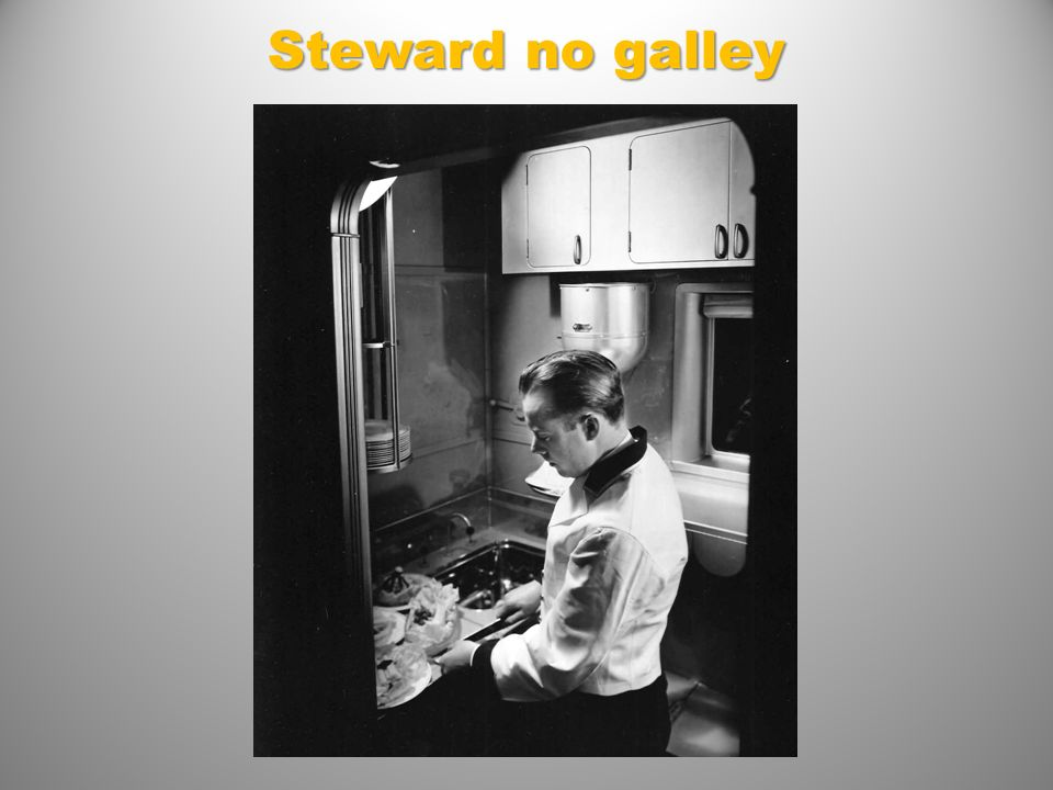 Steward no galley