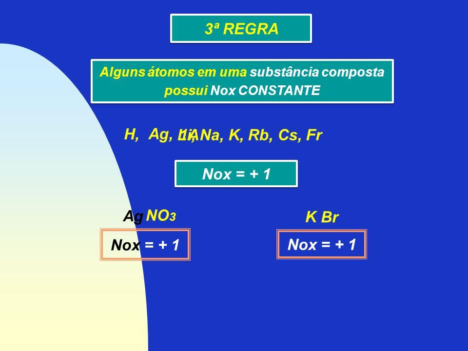 Alguns átomos em uma substância composta