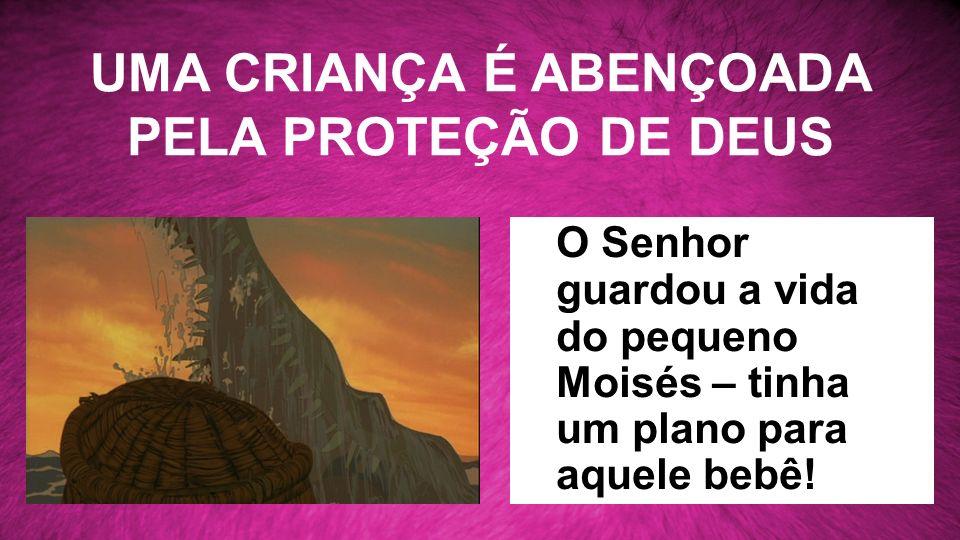 UMA CRIANÇA É ABENÇOADA PELA PROTEÇÃO DE DEUS