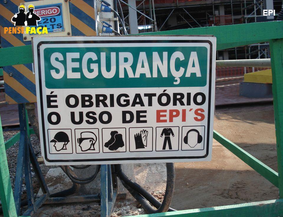 18 EPI Anotações  Placas de sinalização para incentivar o uso de EPIs ,  como também lembrar que eles são obrigatórios dentro do canteiro de obra. 86edfa18bd